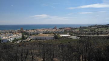 Solar Residencial con vistas al mar junto Duquesa - Gilmar