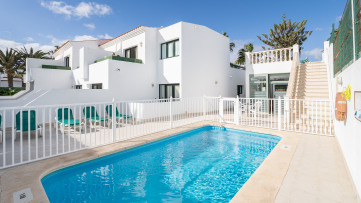 Complejo apartamentos primera línea de Corralejo - Gilmar