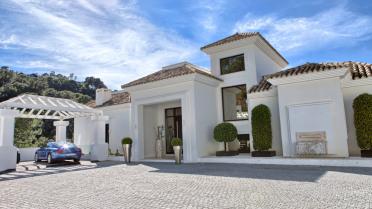 Fabulosa Villa de estilo comteporaneo en Benahavis - Gilmar