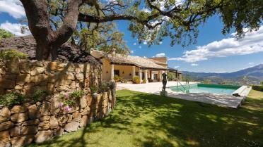 Elegant mediteranean villa in La Zalageta - Gilmar