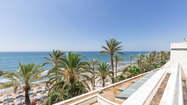 Luxurious apartment on the beachfront - Gilmar