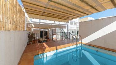 Chalet con piscina en pleno centro de Sevilla. - Gilmar