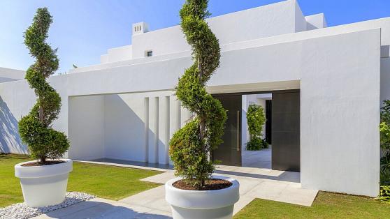 Villa en 1ª linea de playa - Gilmar
