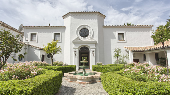 Villa house in Guadalmina Baja - Gilmar