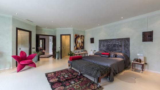 Impresionante villa en 2ª linea de playa - Gilmar