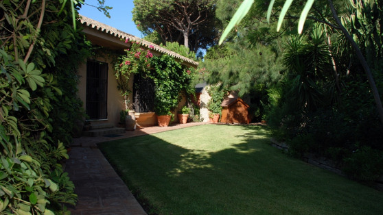 Villa house in Roche for sale - Gilmar_