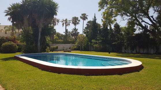 Alquiler de Fantástica villa Independiente en Casasola - Gilmar_