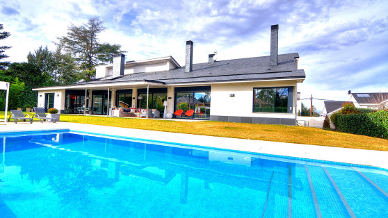 Villa house in Villafranca del Castillo for sale - Gilmar_