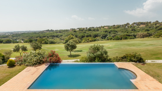 Front line golf villa in Sotogrande for sale - Gilmar_