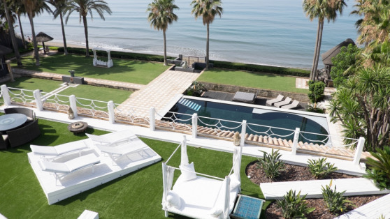 Villa house in Marbella Este for sale - Gilmar_