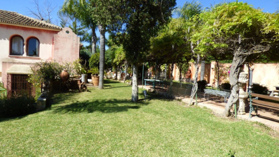 Property and commercial premises in Golden Mile for sale - Gilmar_