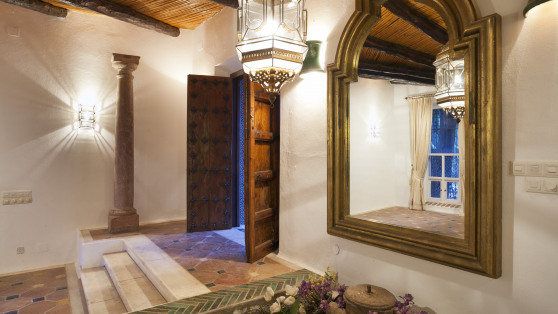 Authentic and unique estate in Estepona for sale - Gilmar_