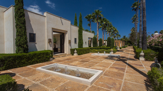 Splendid villa in Sotogrande beach for sale - Gilmar_