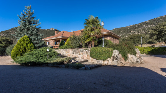 Villa house in Hoyo de Manzanares for sale - Gilmar_