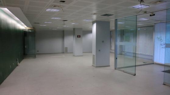 Business premise in Felipe II for rent - Gilmar_