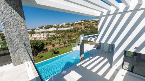Venta de Nueva y moderna villa en venta en Marbella - Gilmar_