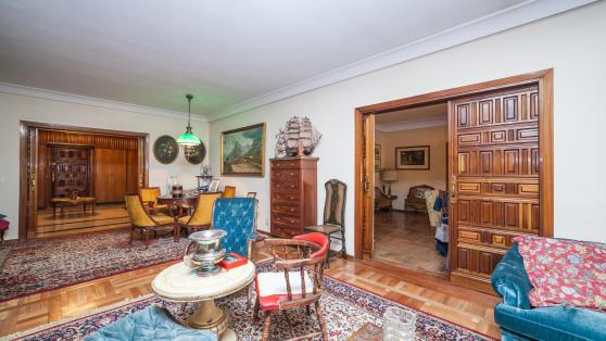 Venta de Pisazo Entre Viso Y Salamanca Que Se Une Con El C - Gilmar_