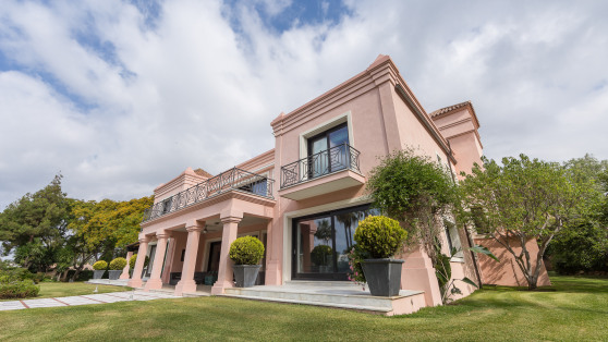 Venta de Impresionante villa en 2ª linea de playa - Gilmar_